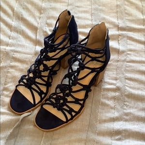 Vince Camuto Navy Blue Heels